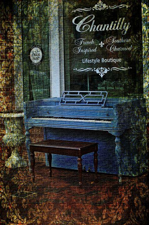 Unmanned Piano - Lynn Murphy