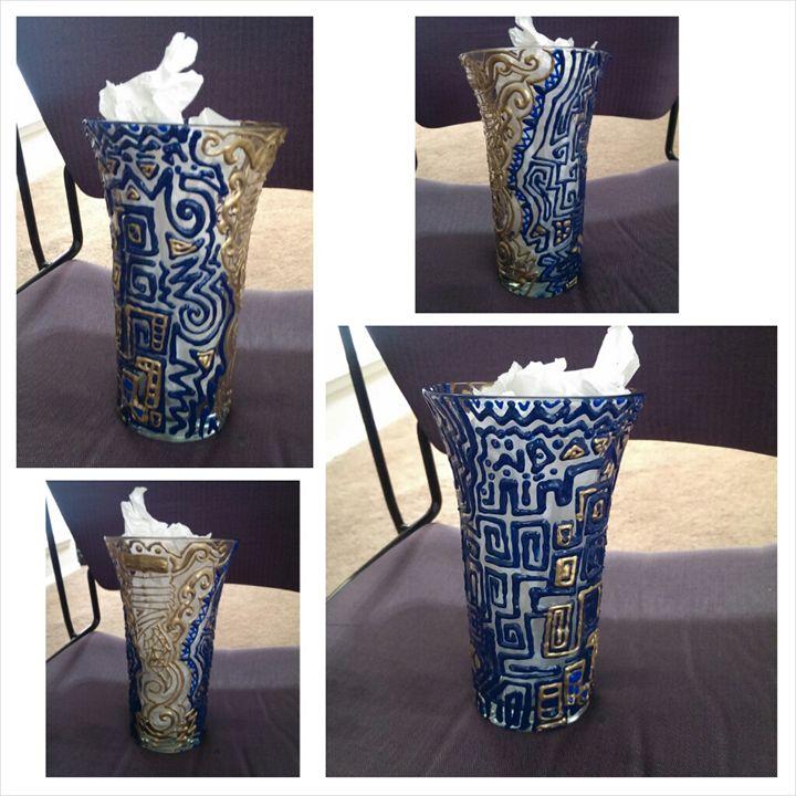 Dreamwaves Vase - Sharpie® On Life!