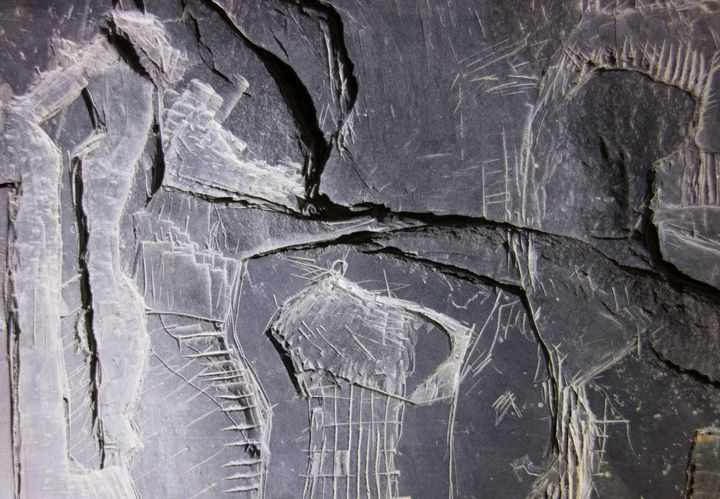 Carving in slate panel - artaffairs RP