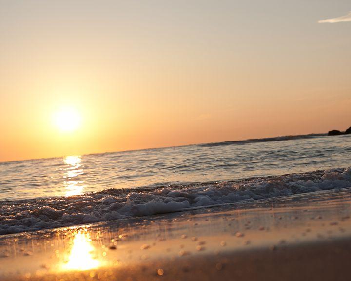 Beach Sunrise - David Hager Photography