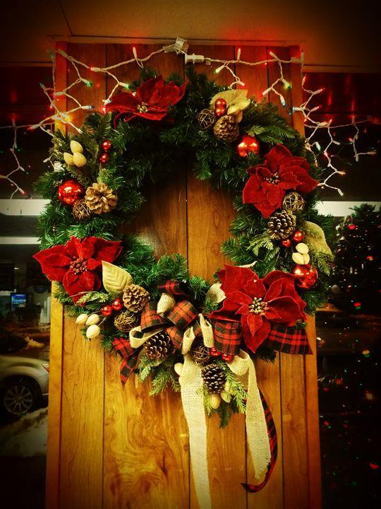 Holiday Wreath - Shayne's Photography