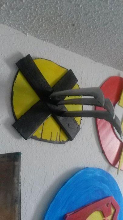 Wolverine wall art - NerdCraft