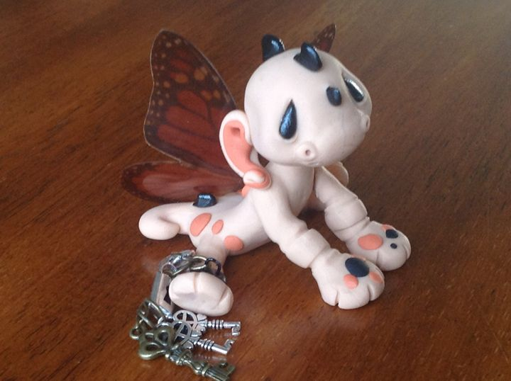 Chained Monarch Butterfly Dragon - Lilladyclaycreations27
