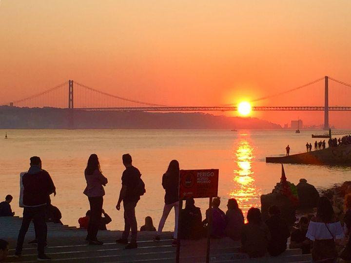 Sun on the bridge - Veronica Greily