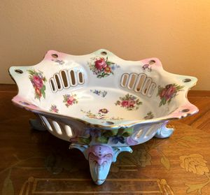 Reticulated porcelain candy dish