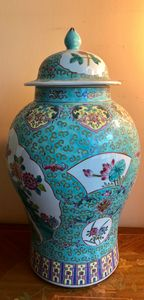 Chinese porcelain blue.
