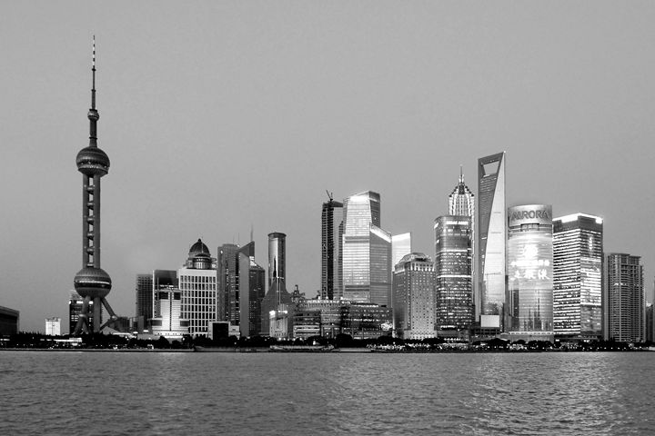 Shanghai at night - KCBlack&White