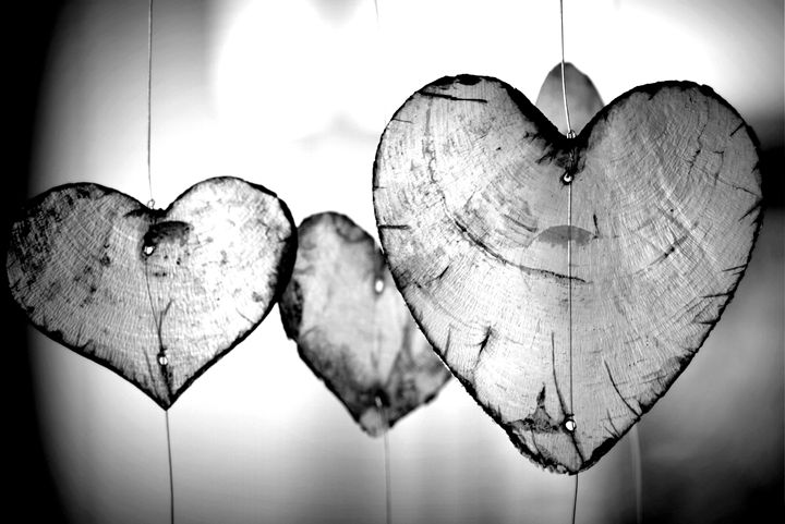 Hanging Wooden Hearts Photo - KCBlack&White