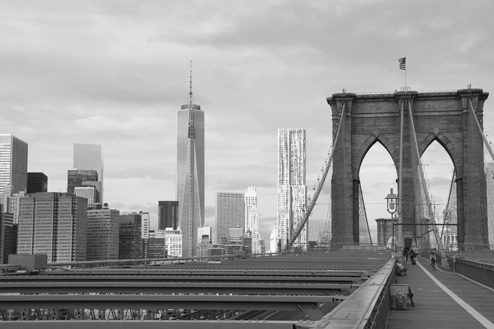 Brooklyn Bridge in the afternoon - KCBlack&White