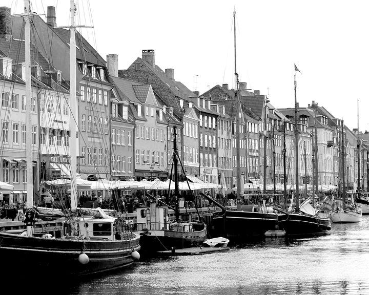 Copenhagen waterfront - KCBlack&White