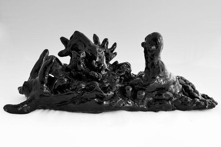 Marine rock (black clay) - Rossana Leonardi Sculpture