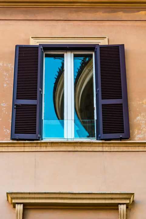 Windows of Rome 02 - Eva Bane