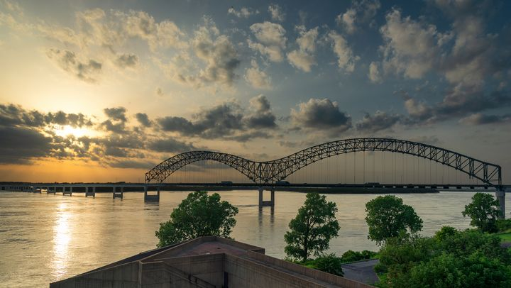 Memphis, TN Bridge - Landscape & Urban