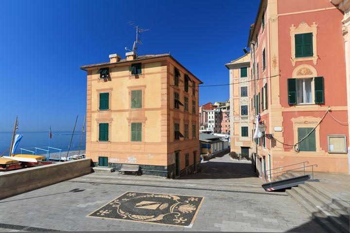 small square in Sori - Antonio-S