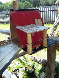 Knome tower birdhouse - Corkwishes