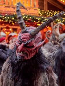Long horned krampus