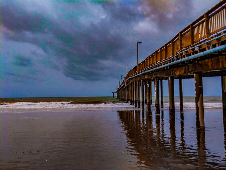 Standing in the storm - Billy Douglas Images