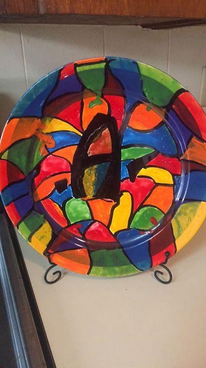 handpainted decorative plates - TGI Wine