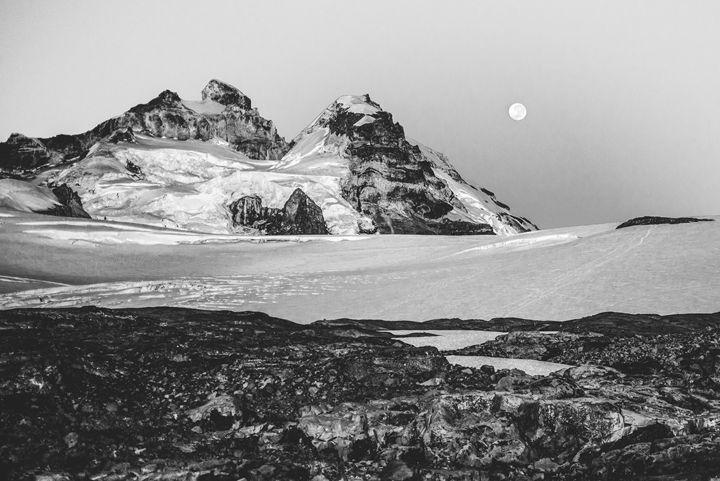 Mount Tronador - Diego Llarrull