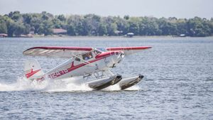 Taking off after Seaplane A Palooza