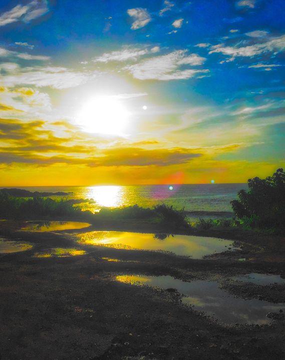 Hawaiian Sunset - MAE Art Gallery