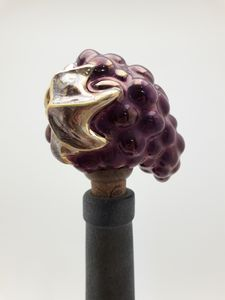 Bunch of grapes wine bottle stopper - Stela Ceramics