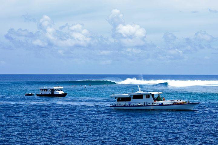 somewhere in maldives - Yaniv Vaknin