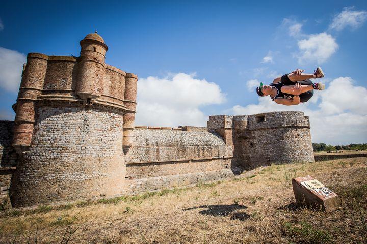Freerunning at castle in France - Dalibor Balic