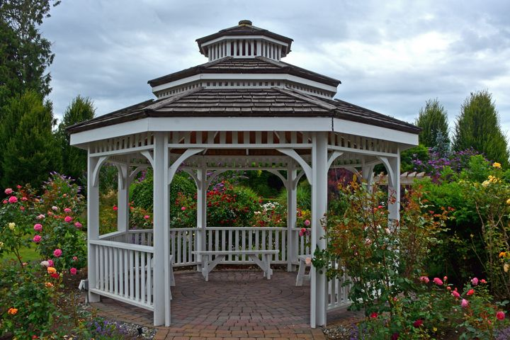 Summer garden gazebo - Perl Photography