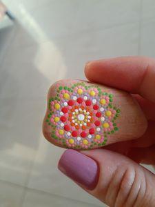Mini Rock Mandala Flower