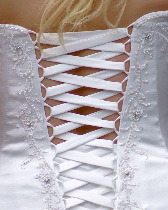 The Wedding Dress - Brian Raggatt