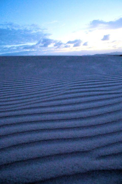 Desert Dawn - Brian Raggatt