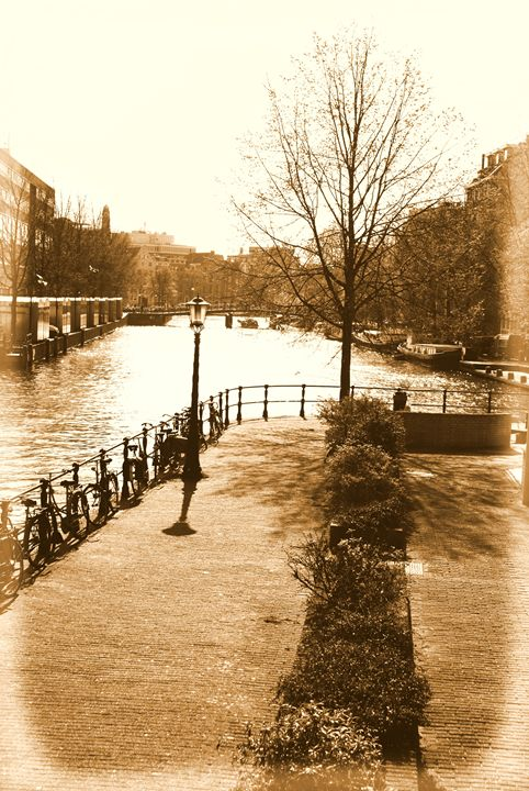 Old Amsterdam - Brian Raggatt