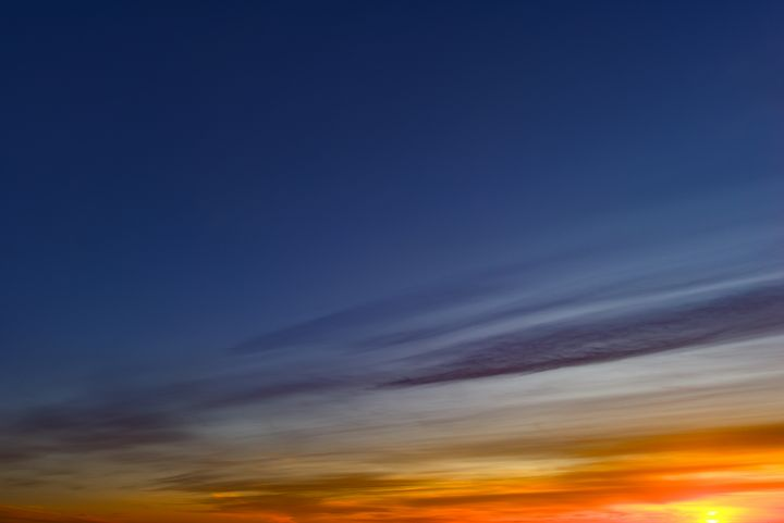 Bright colors of the twilight sky - yarvin13