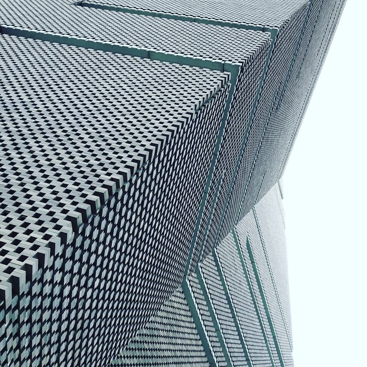 Sky view modern building - Argonel