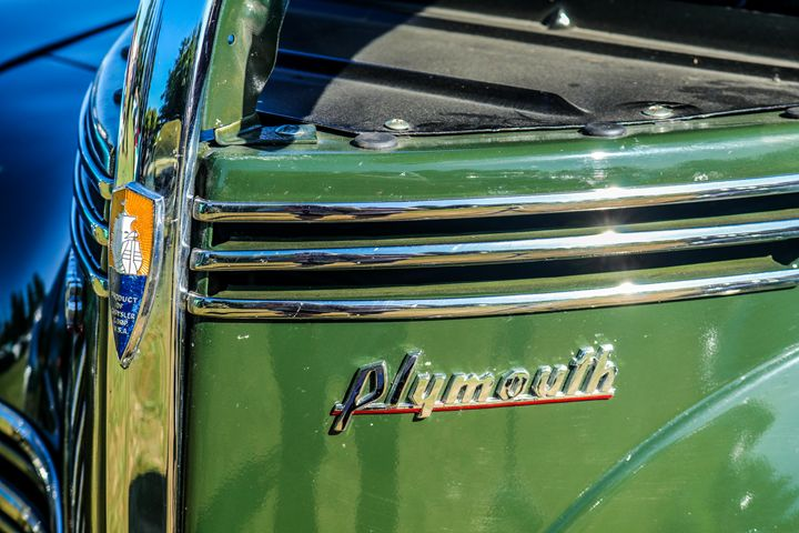Plymouth Suburban - TWT Photography