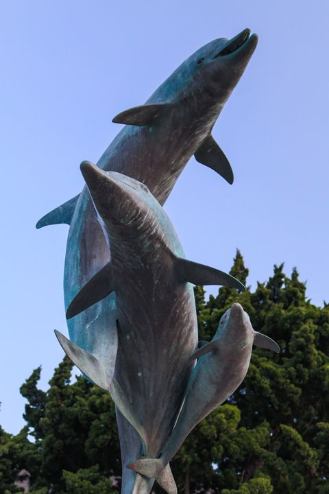 Monument with a Porpoise - TWT Photography