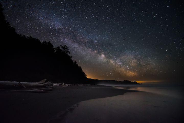 Milky Way Rising at La Push - Isaac Gautschi Photography