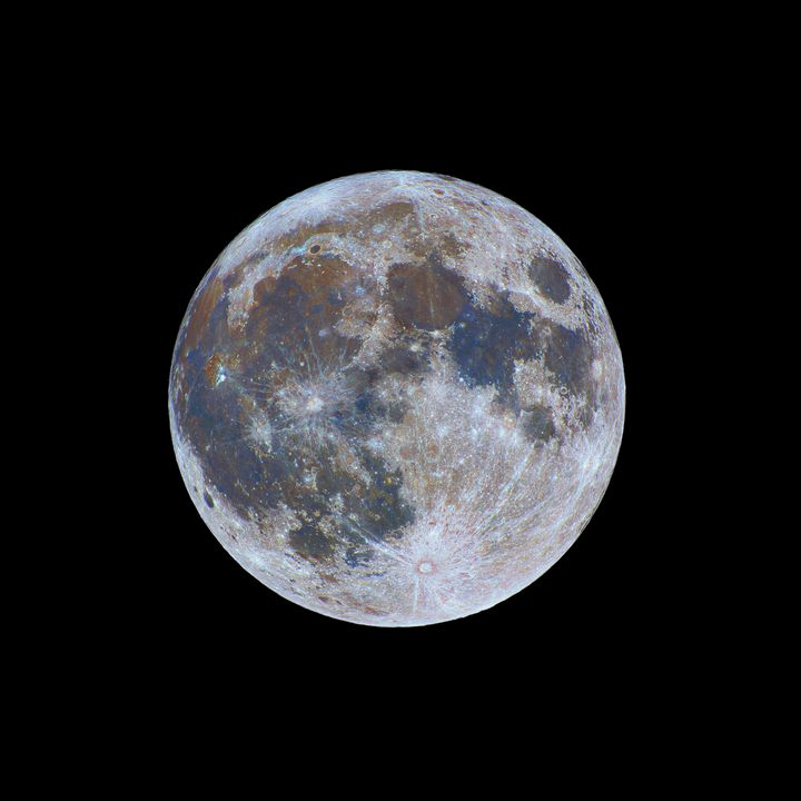 Colors of the Full Moon - Great American Eclipse