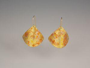 earrings one