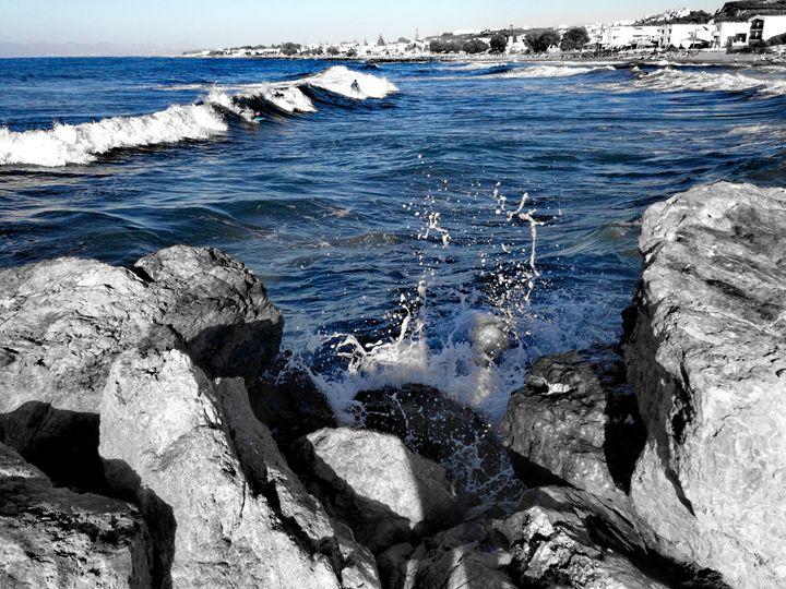 Waves - Ema's Art