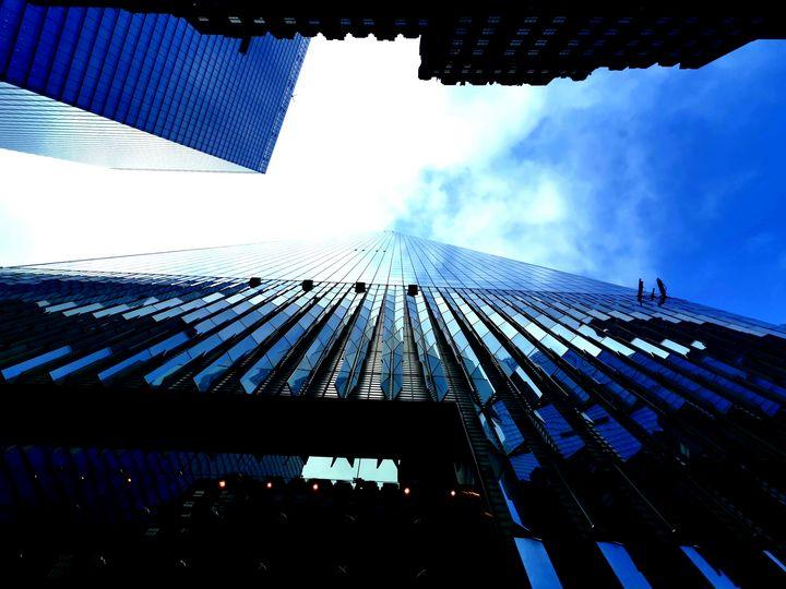 The Sky between Scrapers - Si Cole