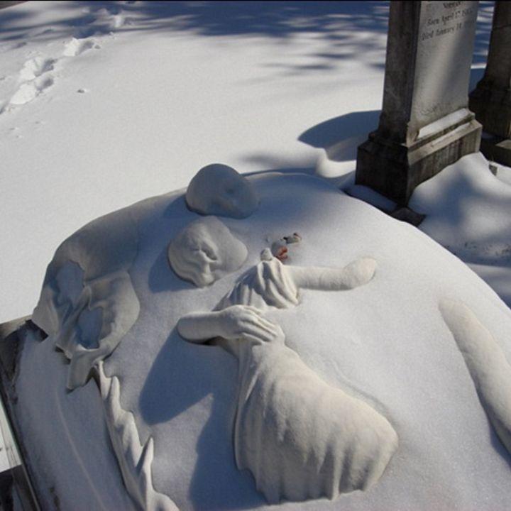 Essendo Morti - Swan Point Cemetery - Jeanpaul Ferro