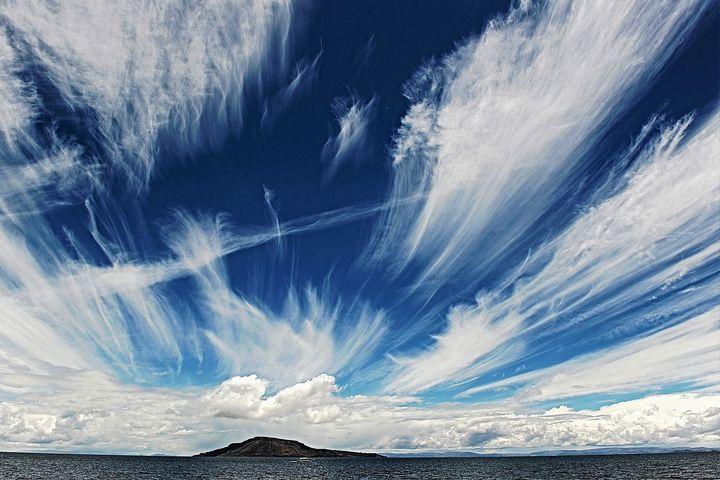 Lake Titikaka and sky - Jeanpaul Ferro