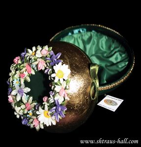 """Ostrich Egg Jewelry Box""""Spring Kiss"""" - Ostrich Hall"""