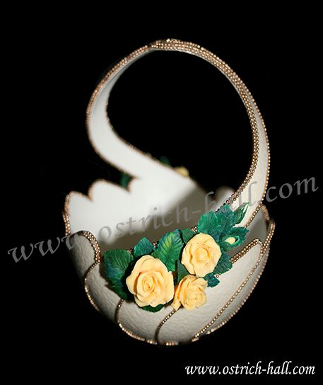 """Ostrich Egg Candy Box""""Yellow Roses"""" - Ostrich Hall"""