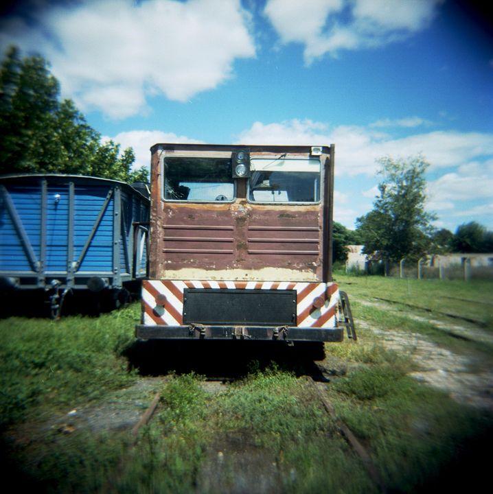 train - Norberto Lauria