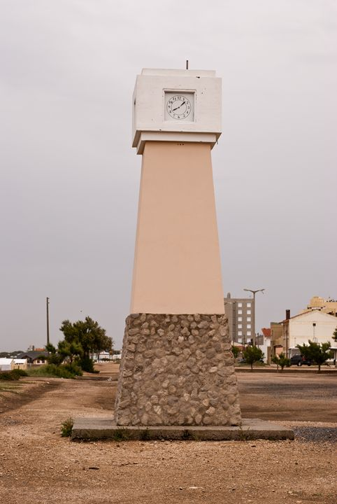 tower with clock - Norberto Lauria