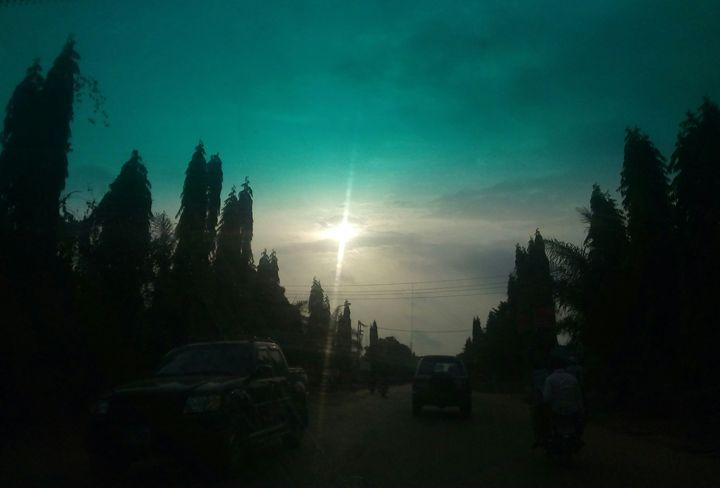 tinted sky - Marxivilestudios