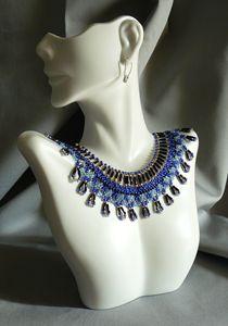 Blues Collar